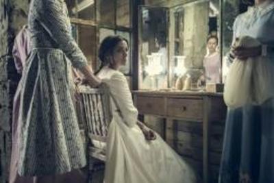"""HOY / """"La novia"""" y """"Nadie quiere la noche"""", favoritas a los premios Goya 2016"""
