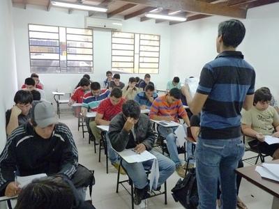 Alrededor de 500 jóvenes iniciaron su capacitación técnica en el SNPP