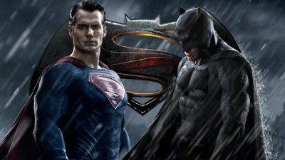 Batman v Superman, dos superhéroes unidos por el botín de la taquilla