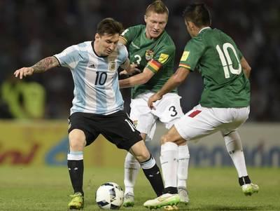 Argentina derrota a una debilitada Bolivia