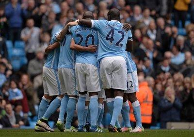 Manchester City a medio gas golea al Stoke