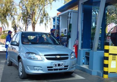 Gasolineras se alistan  para mayor demanda