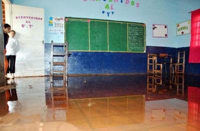 Intendencia de Asunción priorizará escuelas en peores condiciones
