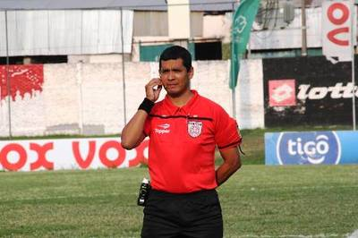 Fernando López dirigirá Colegiales vs 3 de Noviembre