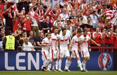 Eurocopa: Suiza gana sin brillar ante la debutante Albania