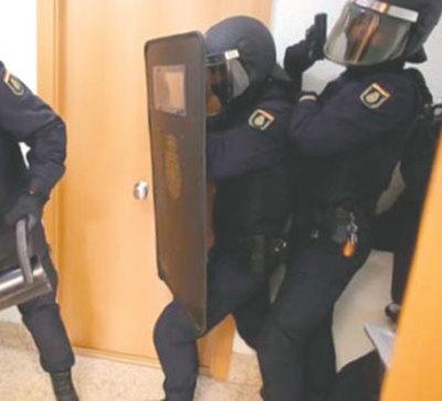 Cae red de trata que explotaba paraguayas en España y Francia