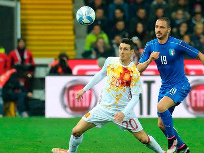 España vuelve a casa luego de recibir 2 goles de Italia