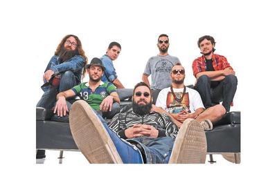 Las Pastillas del Abuelo traen su rock fusionado con diversos estilos