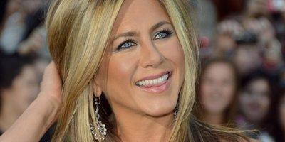 Jennifer Aniston denuncia acoso de la prensa