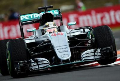 F1: Hamilton domina primera sesión de libres en Hungría