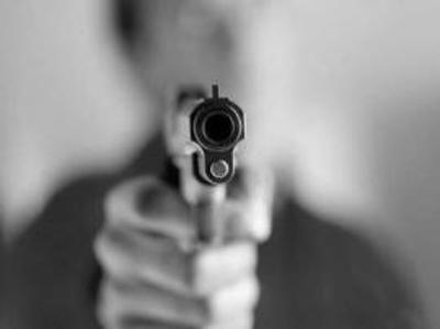 Supuestos policías asaltan por tercera vez a una familia