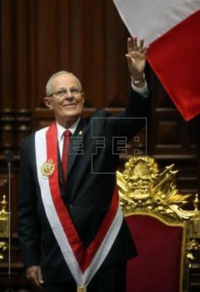Pedro Pablo Kuzcynski tomó posesión como nuevo presidente de Perú