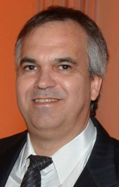 Don Vito urge decisión sobre medida