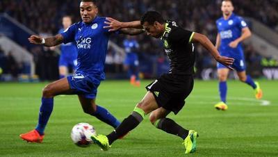 Chelsea remonta al Leicester en la Copa de la Liga