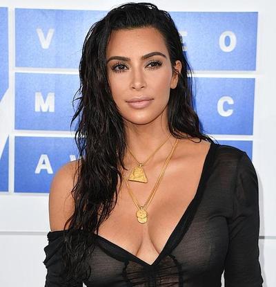 Kim Kardashian agredida en París por falsos policías
