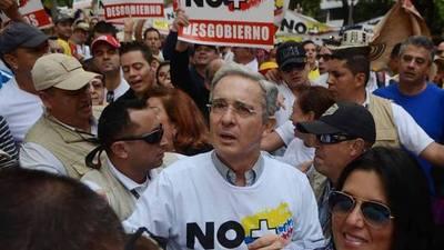 Decisión insólita, colombianos dicen NO al acuerdo de Paz