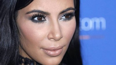 Kim Kardashian asaltada en París por falsos policías que le robaron
