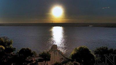 Al otro lado del río Paraguay