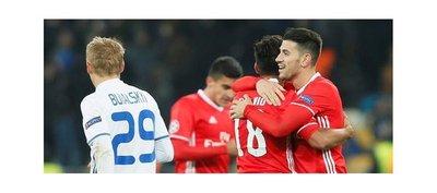 La pegada del Benfica frena el ímpetu del Dinamo