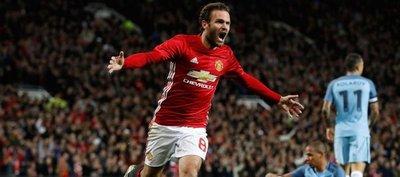 El United gana al City la batalla de Manchester
