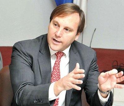 Coordinador de Política Energética es el principal buscador de petróleo en Chaco