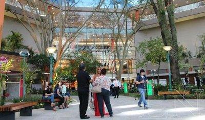 El Shopping Mariscal habilitó su mix comercial y corporativo