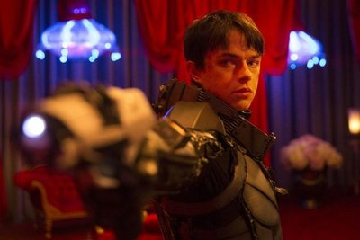 "Primer avance de ""Valerian"", nueva obra espacial de Luc Besson"