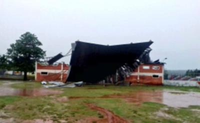 Tormenta destroza el estadio del Sp Iteño