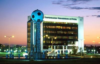 FIFA acepta reformas en Conmebol y libera fondos retenidos
