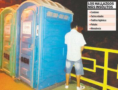 Peregrinos usaron baños portátiles como reservado