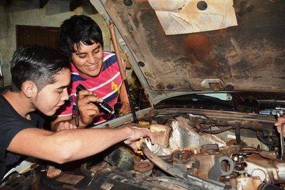 Mecánica de Motores en el SNPP