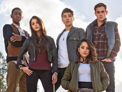 Power Rangers lanza segundo adelanto