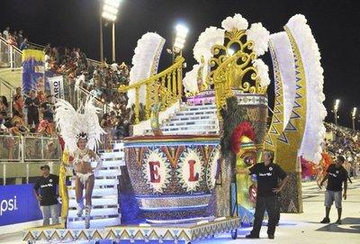 Carnaval en Encarnación y Villarrica