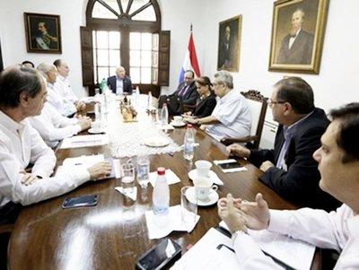 Sachs podría asesorar en negociación sobre Itaipú