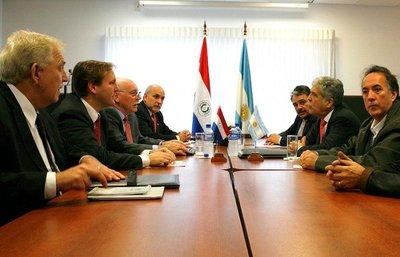 Temen que la negociación en Itaipú corra la misma suerte que Yacyretá