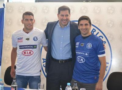 Mingo Salcedo y argentino Giménez se suman a Sol de América