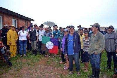 Campesinos acusan a policías de hostigamiento