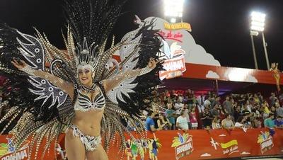 Con éxito realizaron la quinta jornada del carnaval encarnaceno