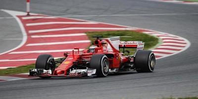 F1: Raikkonen destrona a Lewis en pruebas de Barcelona