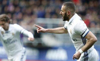Madrid vuelve al liderato