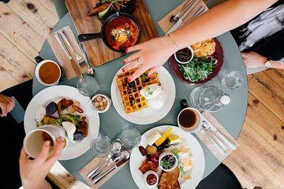 Todo lo que necesitas incluir a tu menú para un desayuno saludable