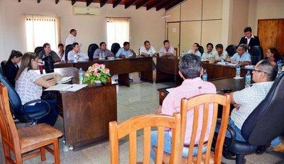 Intendentes sampedranos exigen trabajos al MOPC