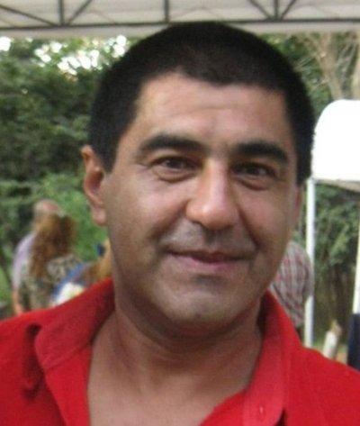 Abogado exige pago de salario a la intendencia de Paraguarí