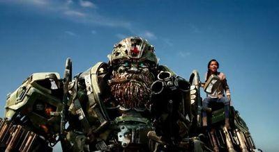"""Nuevo adelanto de """"Transformers: El Último Caballero"""""""