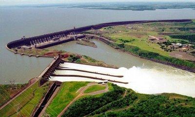 El primer reclamo paraguayo es la plena disponibilidad de su energía
