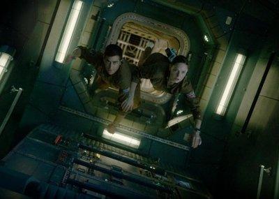 Terror espacial, locuras policiales y romance