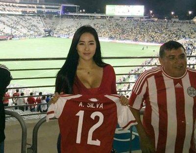 "La fanática del ""papá"" de Neymar"