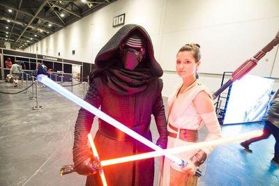"""""""Star Wars: The Last Jedi"""" calienta motores en la Star Wars Celebration"""