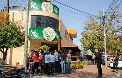 Juez define si dueña y gerente de fábrica de empanadas van a juicio