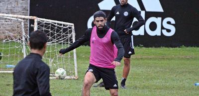 Rodrigo Burgos trabaja y prepara su vuelta